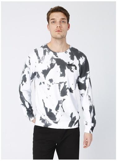 Black On Black Black On Black Erkek Bisiklet Yaka Beyaz Sweatshirt Beyaz